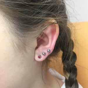Безболезненное прокалывание ушей